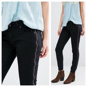 Free People Black Side Zipper Jeans New Sz 28